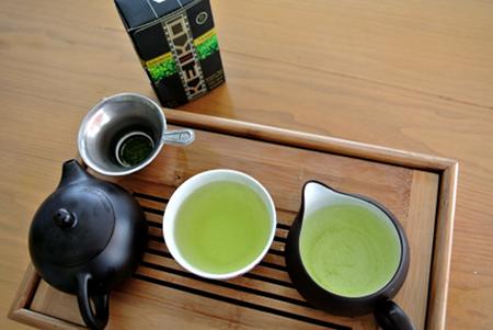 Grüner Tee | Keiko Bio-Tenko Tasse und Verpackung