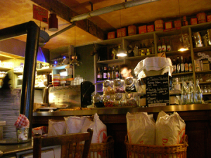 Das Interior des L'Epicerie in Straßburg